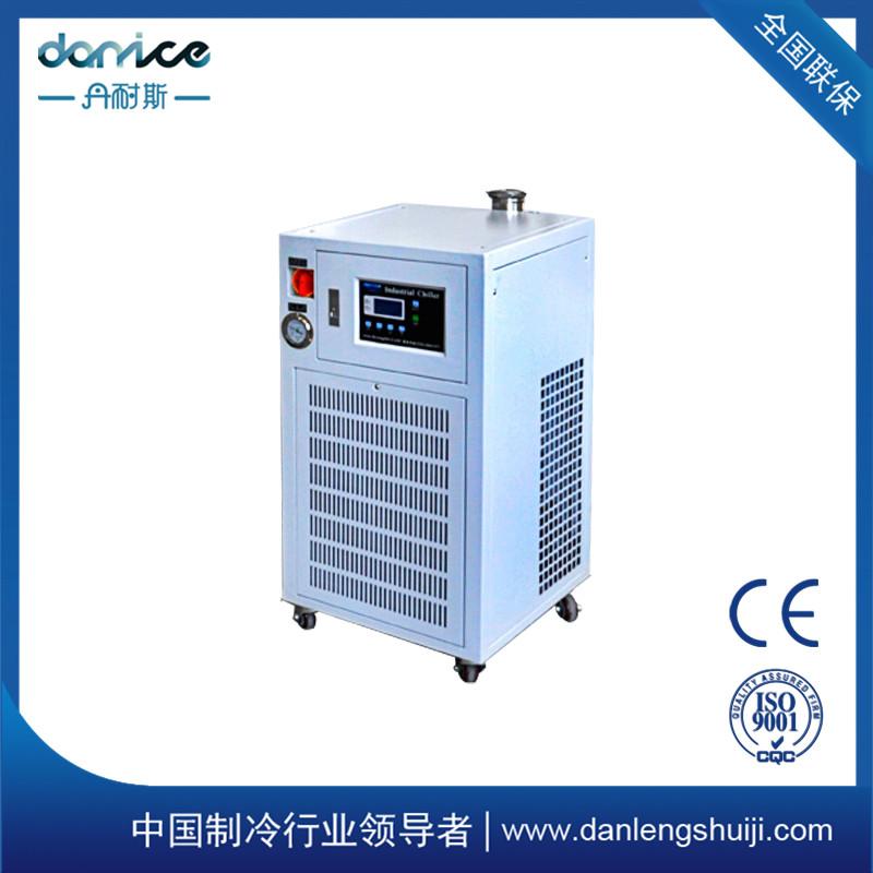 小型冷水机组 制冷机